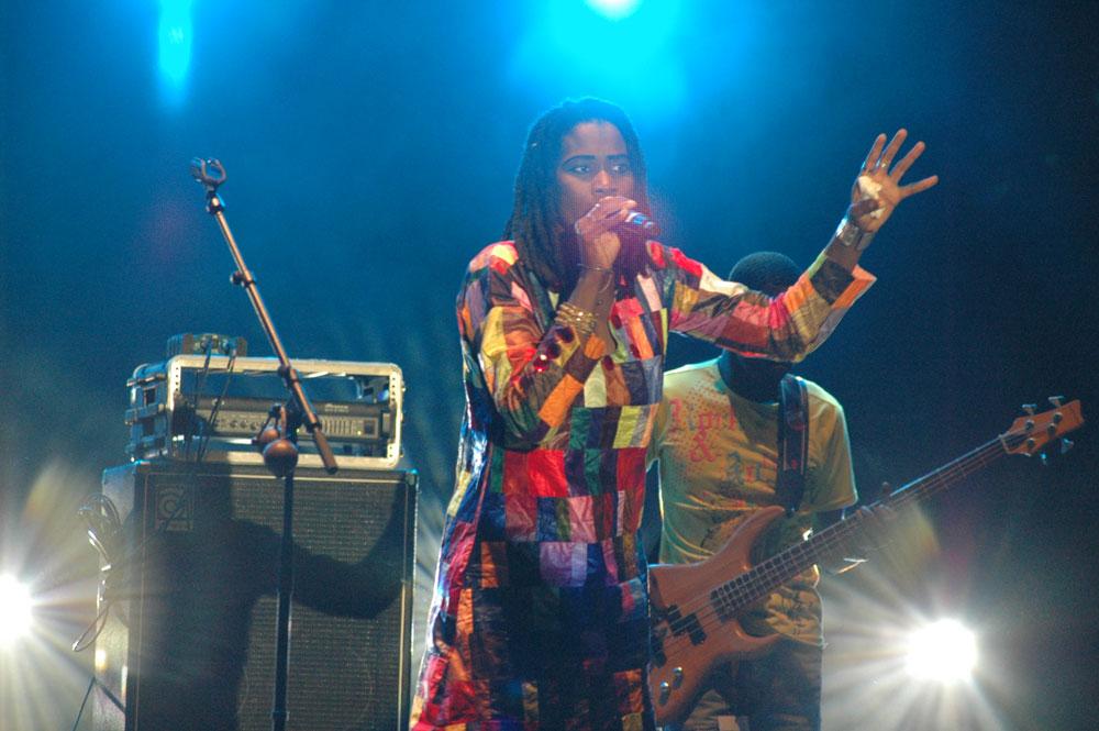 Mama Sadio concert saint louis senegal